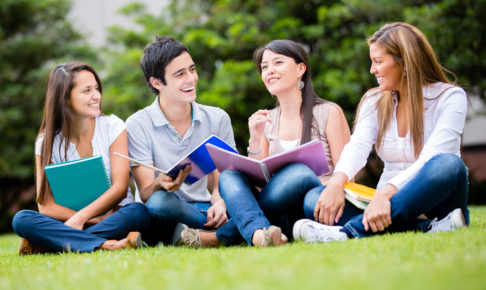 大学生が留学しないで英語力を向上させる方法