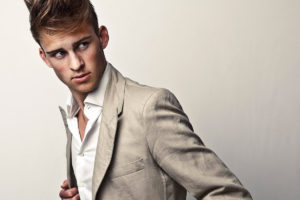男子大学生が憧れるファッションを取り揃える高級ブランド